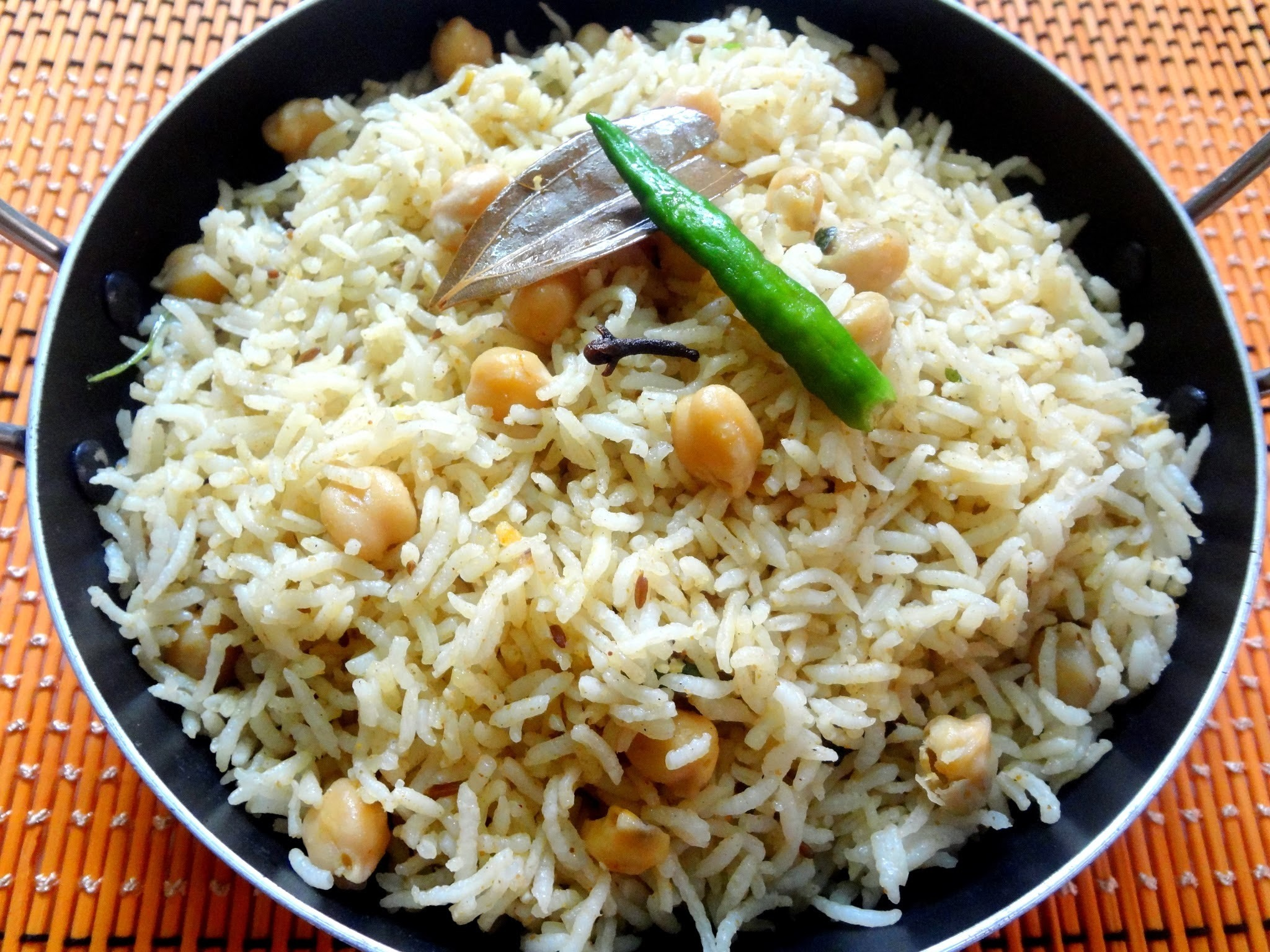 Chana pulao ..Chick peas pulao ..A school lunch box recipe.