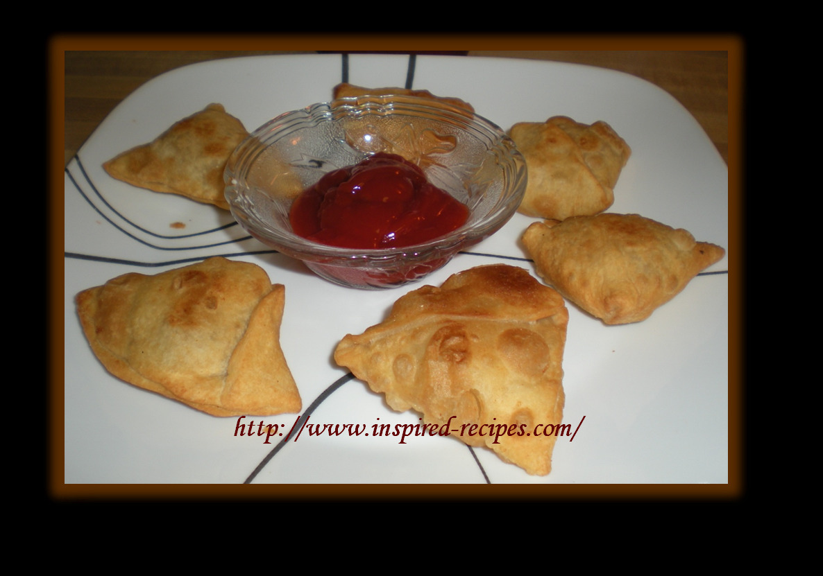 Aloo Paneer Samosa ( Potato and Cottage Cheese stuffed pastries) recipe