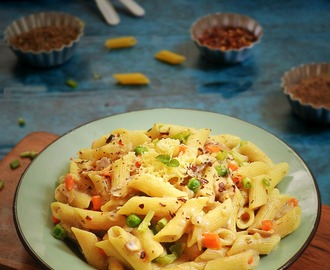 VEGGIE PASTA IN WHITE SAUCE RECIPE / HOW TO MAKE WHITE SAUCE PASTA