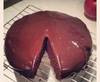 Things I've been cooking lately #47: Gluten-free chocolate cake with dark chocolate ganache