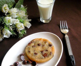1 Minute Eggless Chocolate Chip Cookie