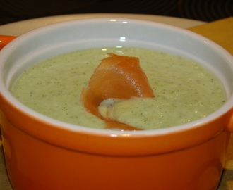 Creme de Courgete com Salmão Fumado / Zucchini Cream with Smoked Salmon