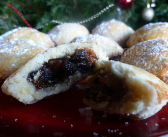 Mince Pies with Homemade Mincemeat
