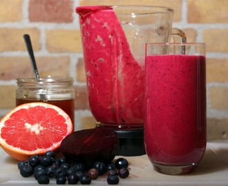 Smoothie met rode biet, grapefruit en rozemarijn