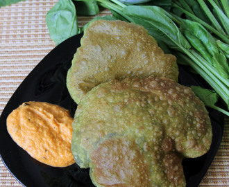 Spinach Poori - Spinach Puri - Simple breakfast recipe - simple dinner recipe
