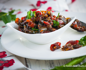 Mulaka Pachadi: Sweet & Sour Chilly Pickle