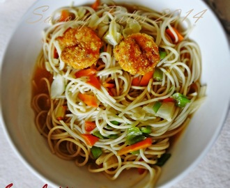 Fusion Spaghetti (in Spicy Curry Sauce served with Italian spiced Prawns Fry)