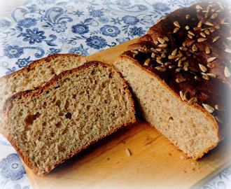 Easy No Knead Light Rye Bread
