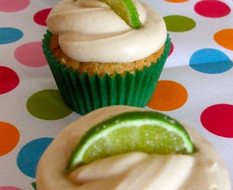 Mojito cupcakes and My Favourite Books Reviewed Part 1