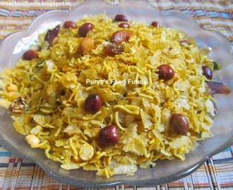 Chivada (Indian Flattened Rice Snack)