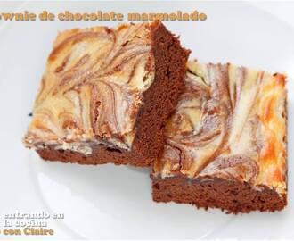 BROWNIE DE CHOCOLATE MARMOLADO Y DELICIOSO