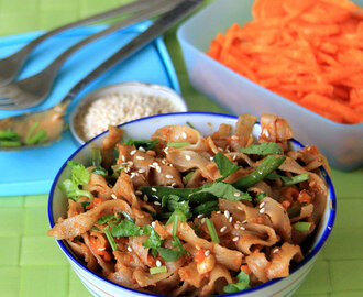 Spicy Peanut Butter Noodles - Simple dinner recipe - Kids friendly recipe