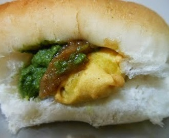 Top 10 Mumbai Street Foods (Vegetarian)