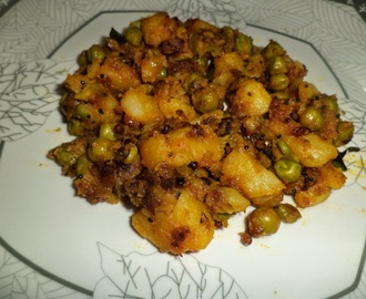 POTATO AND PEAS CURRY / URULAI PATTANI PORIYAL /ALOO MUTTER CURRY