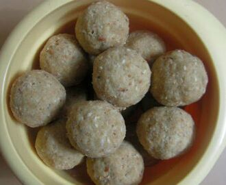 Oats Nuts Laddu