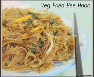Veg Fried Bee Hoon - A Famous Singapore Street Food