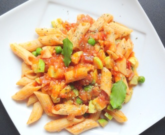 Easy Tomato Pasta ~ Fusion Style - Indian Italian Combination