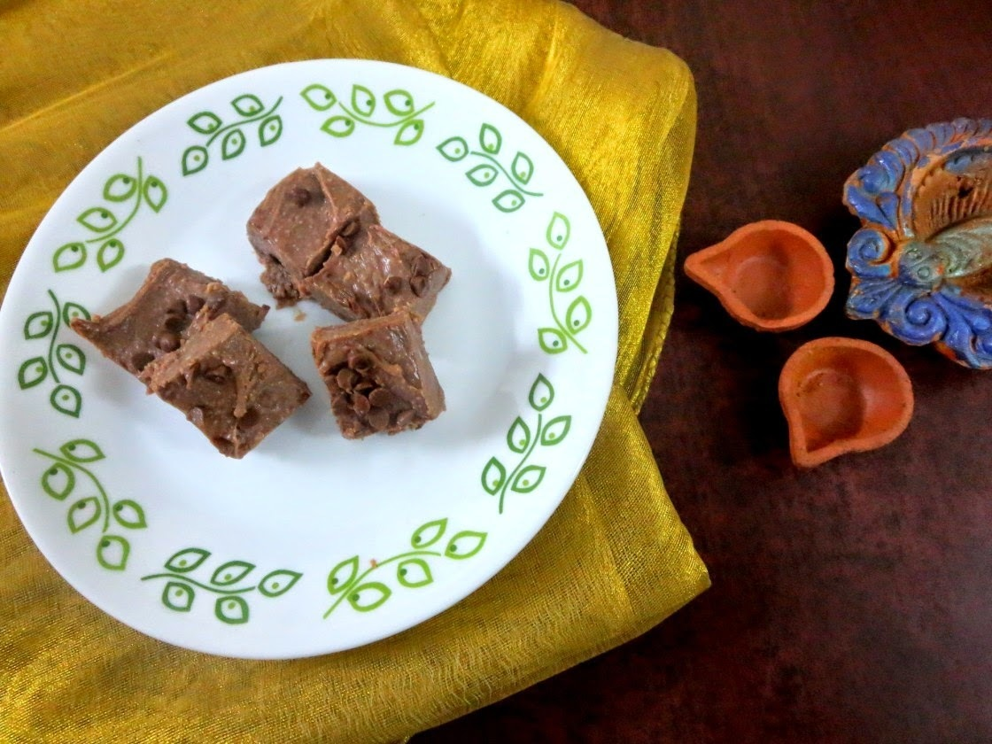 Microwave Chocolate Burfi ~ Easy Diwali Sweets