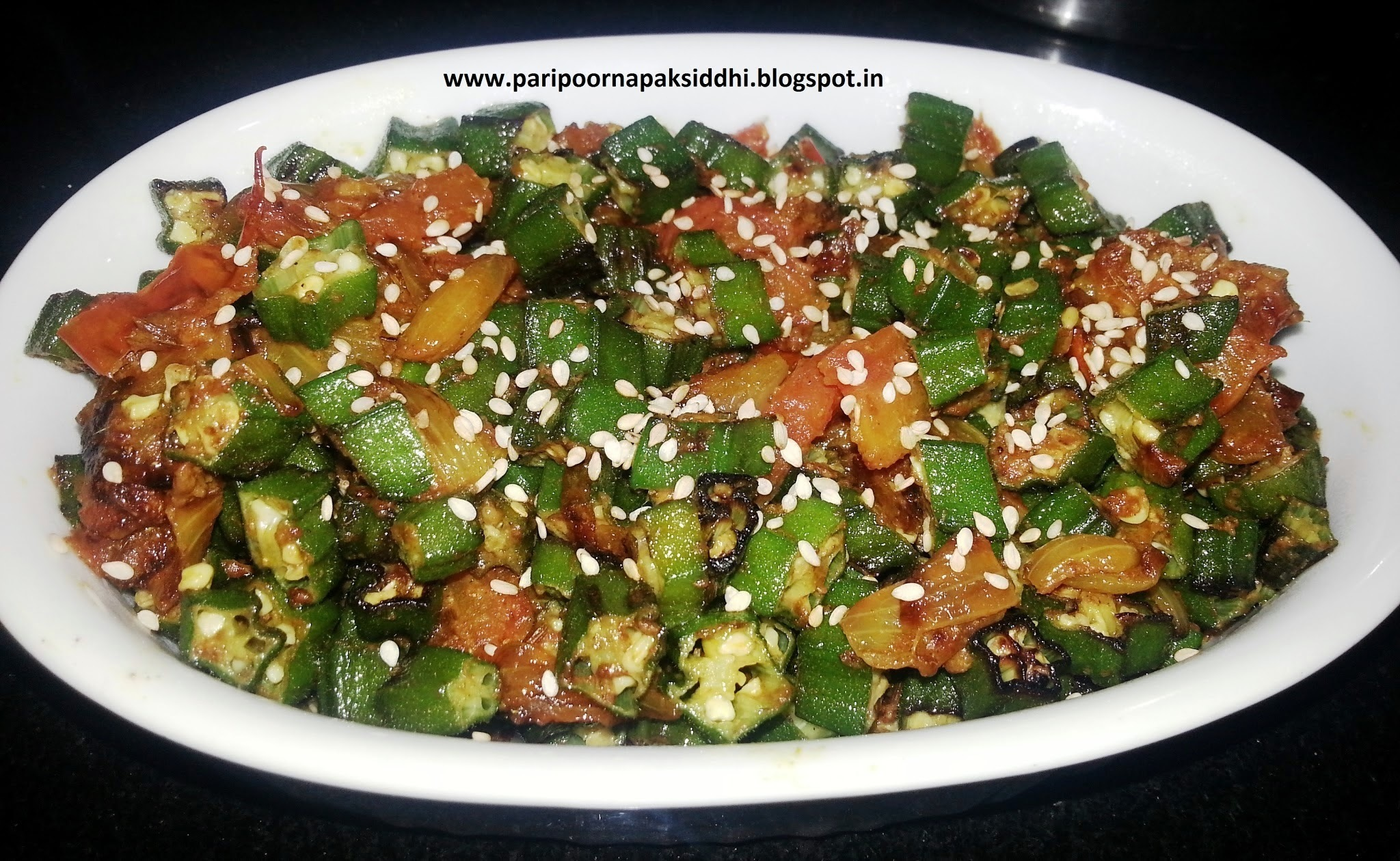 BHINDI DO PYAZA / STIR FRIED LADYFINGER OR OKRA WITH ONIONS