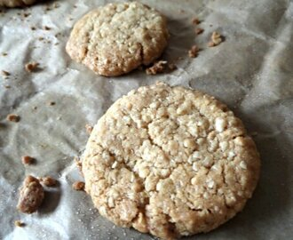 Crumbly Oat Biscuits