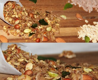Spiced Granola/Oats,  Red rice flakes and nuts Chivda