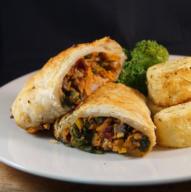 Festive Mushroom, Lentil and Nut Roulade perfect for Thanksgiving and Christmas