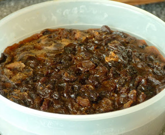 Stir It Up Sunday Christmas Pudding Recipe from M&S
