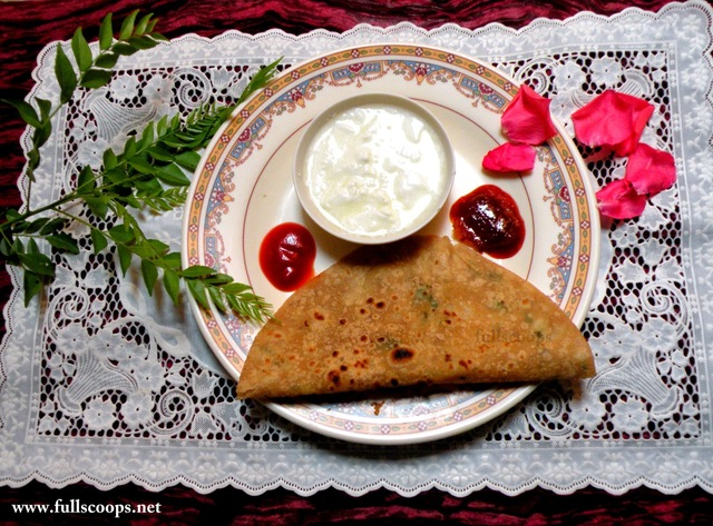 Aloo Paratha Recipe / Potato Stuffed Indian Flat Bread Recipe