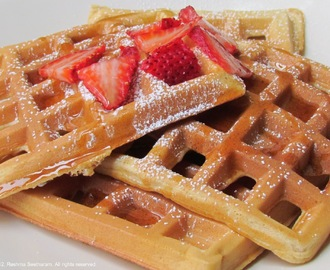 Whole wheat cinnamon waffles
