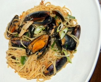 Linguine with Mussels and Crab with Sherry Cream Sauce