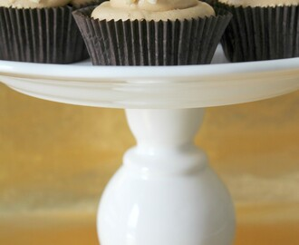 CUPCAKES DE TOFFEE CON BUTTERCREAM DE MERENGUE SUIZO