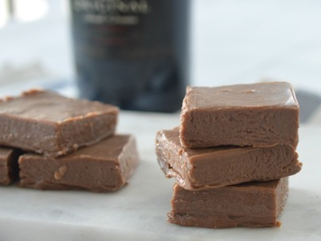3 Ingredient Chocolate Baileys Fudge