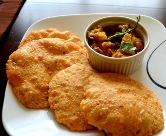 Bedmi Poori with Aloo Sabzi