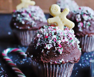 Christmas Chocolate Cupcakes with Candy Cane Sprinkles and White Chocolate Gingerbread Men