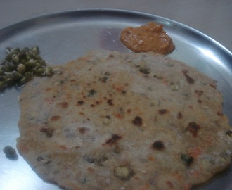 Sprouts Cucumber paratha
