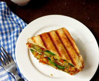 Grilled Potato Masala Sandwich /Mumbai Style