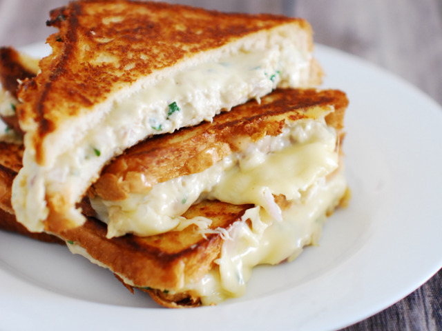 creamy chicken cheese sandwich