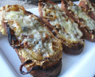 Caramelized Onion and Gruyère Crostini