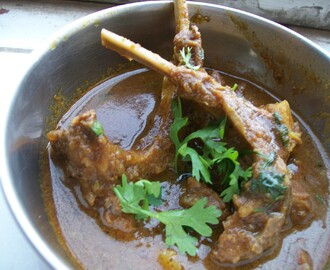 Spicy mutton curry Maharashtrian style