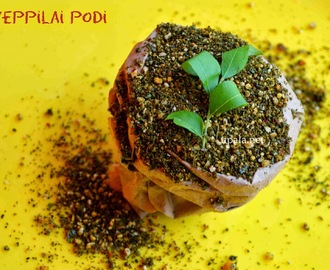 Karuveppilai (Curry Leaves) podi