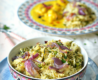 Methi Matar Pulao | Rice with garlic, fenugreek and green peas