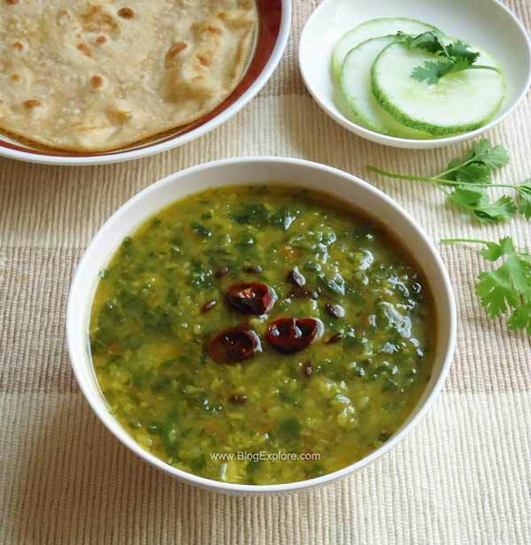 Palak Moong Dal / Spinach Dal Curry