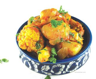Aloo Gobhi – Indian Style Cauliflower and Potatoes Fry