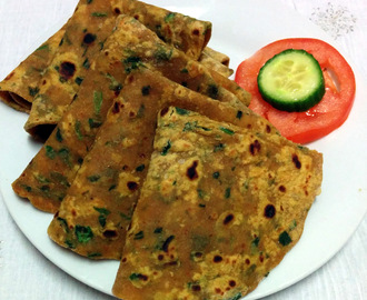 Palak paratha/Spinach Flatbread Recipe