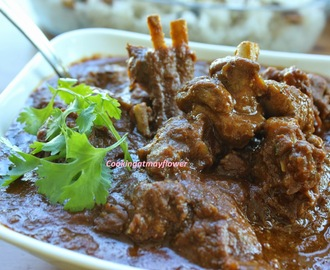 Mutton brown curry/Mutton in brown gravy