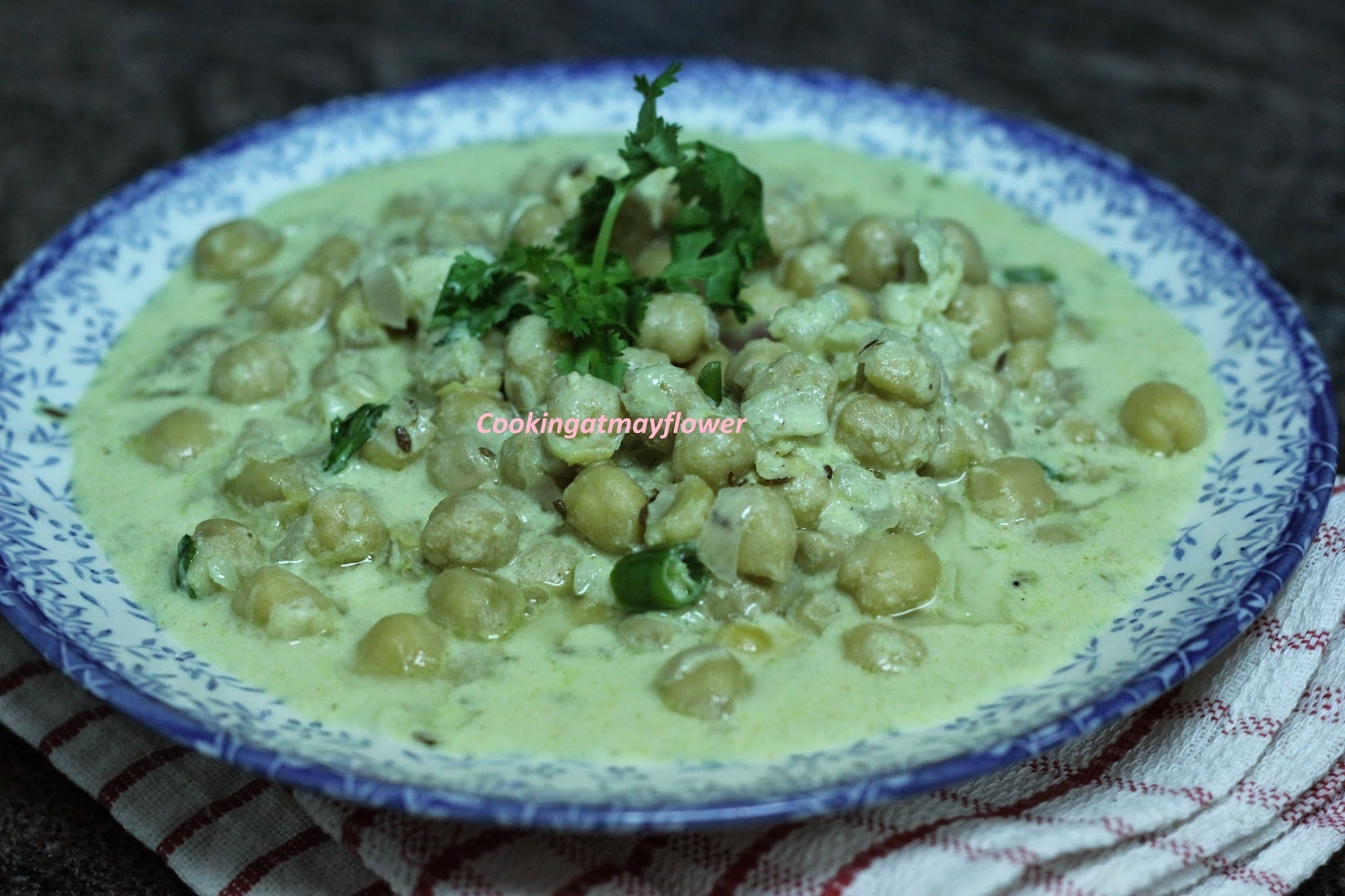 Dahi Chana/Chickpeas in yogurt gravy