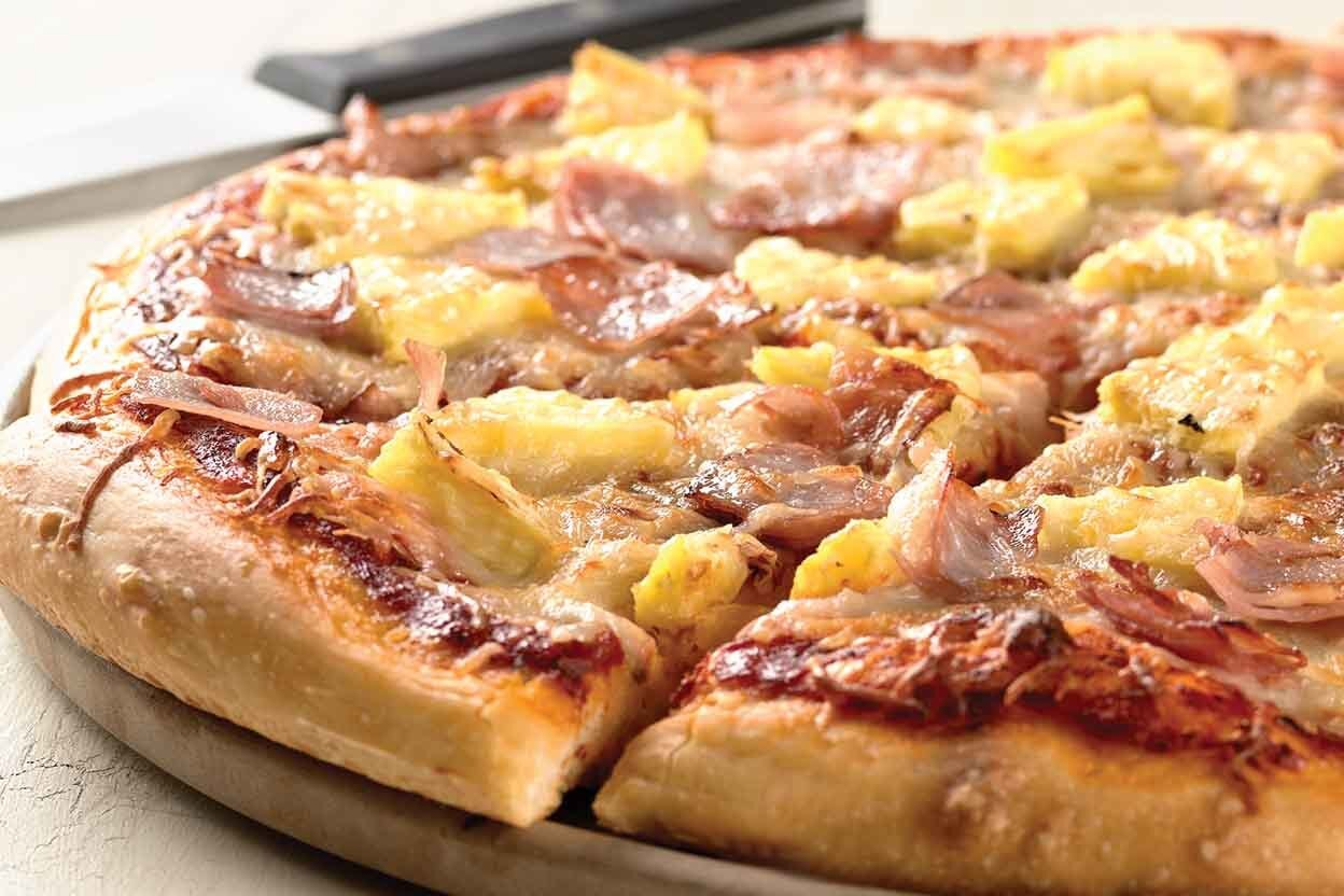 Image: Hawaiian Pizza Recipe | King Arthur Flour