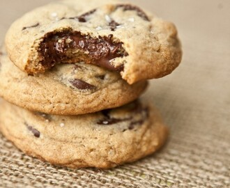 COOKIES COM GOTAS DE CHOCOLATE