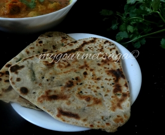 Malai or Til wali Roti- Indian bread made with cream & sesame seeds