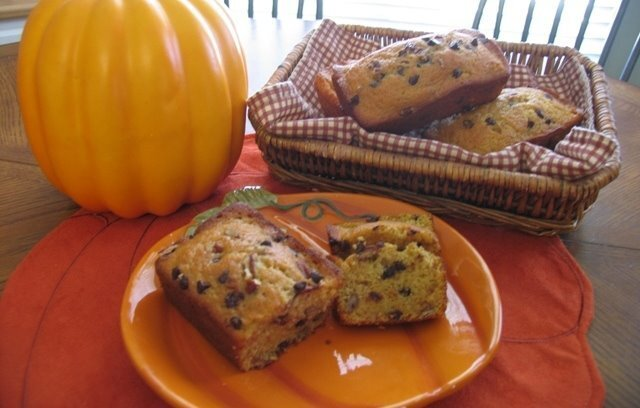 ~ Pumpkin Chocolate Chip Pecan Bread ~
